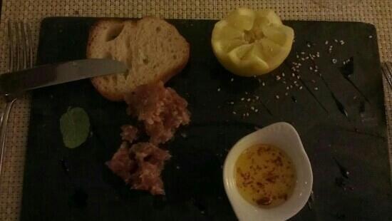 L'Escapade: tartare de saumon