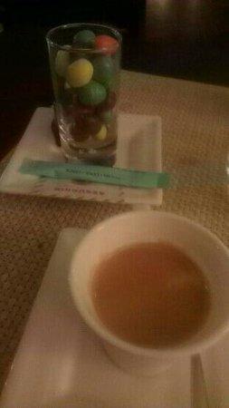 L'Escapade: café et M&M's