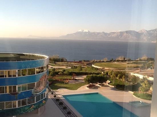The Marmara Antalya: вид из окна 10го этажа