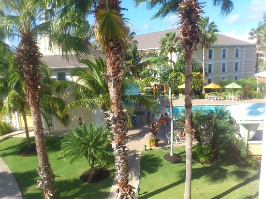 Sunshine Suites Resort: view from 1st floor room