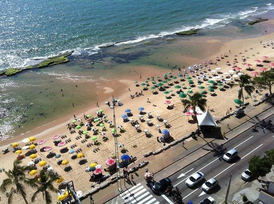 Grand Mercure Recife Boa Viagem: Praia de Boa Viagem, vista da suite do Golden Tulip.