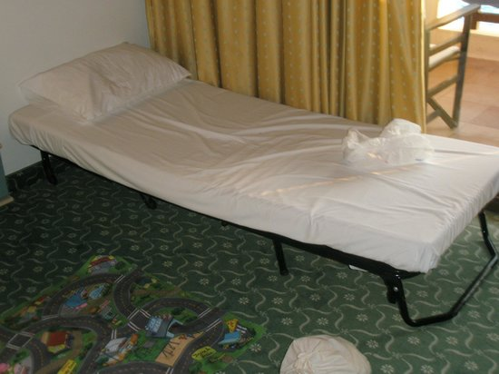 Skafidia, Grecia: 5 star third bed...in the room