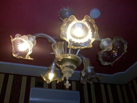 Alcyone Hotel: Il lampadario
