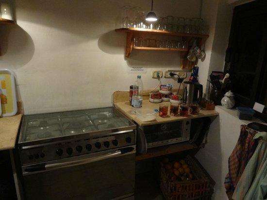 Dahab Coachhouse: Kleine Küche zur Mitbenutzung
