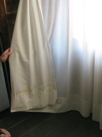Pueblo Acantilado Suites: cortinas