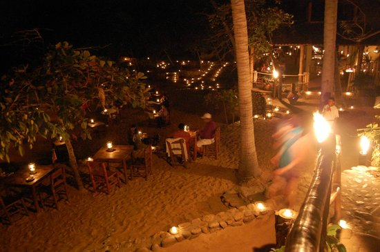 ClubHotel RIU Jalisco: Souper sur la plage, ile de Caletas