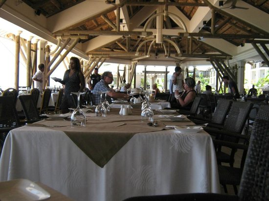 Pearle Beach Resort & Spa: ristorante