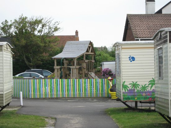 Eastern Beach Caravan Park: Smashing for the younger children