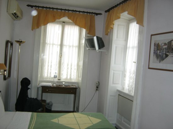 Konstantinoupolis Hotel: my room