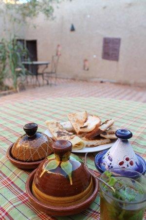 Kasbah Des Dunes: El rico desayuno !!!