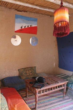 Kasbah Des Dunes: La sala de descanso