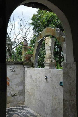 Alam Jiwa: Outdoor shower