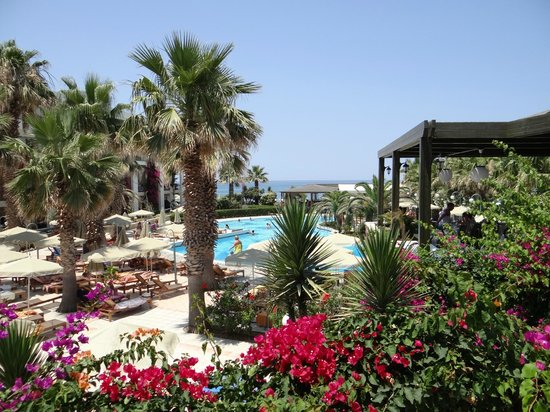 Club Marmara Rethymno Palace: vue d'ensemble des jardins