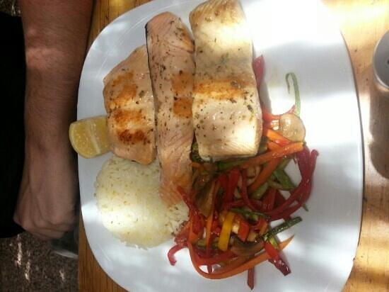 Sol Inti Restaurant: salmón