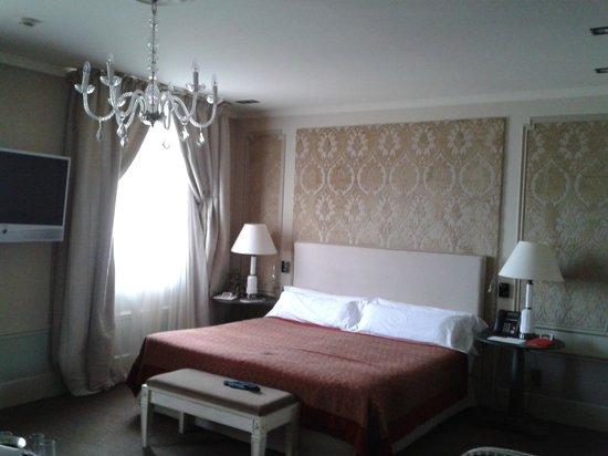 El Palace Hotel: Quarto