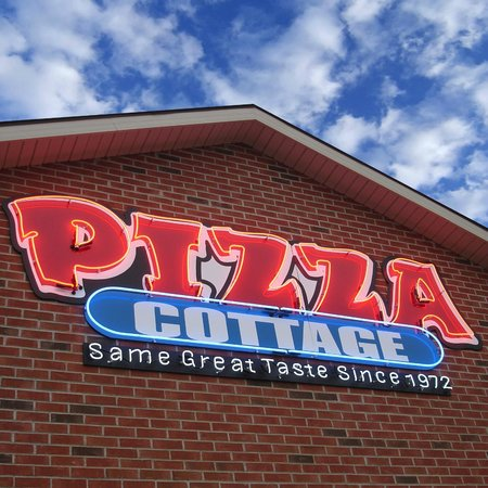 Pizza Cottage: Neon Sign