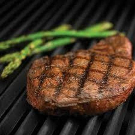 Holiday Inn Asheville - Biltmore East : Black Angus New York Strip Steak with Fresh Local Vegetables