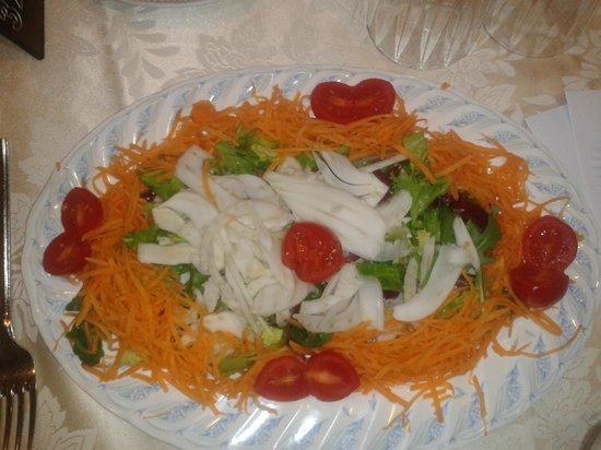Hotel Casa Tra Noi: ensalada