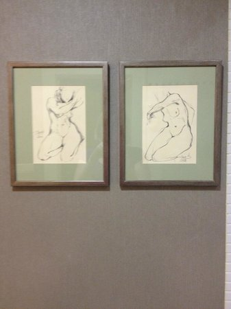 Marrol's Boutique Hotel Bratislava: Sketch art in the room, my fav.