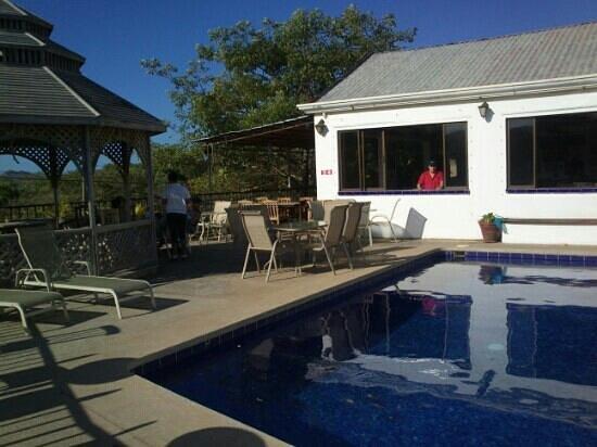 Mariner Inn: terraza 