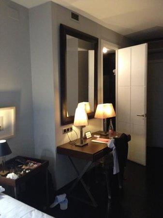 Hotel Banys Orientals: particolare camera