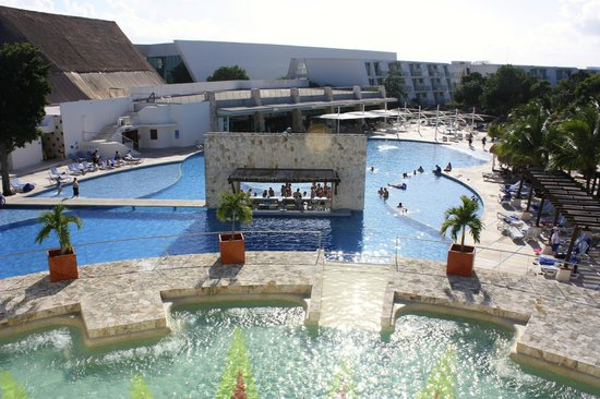 Grand Sirenis Riviera Maya Resort & Spa: une des piscines