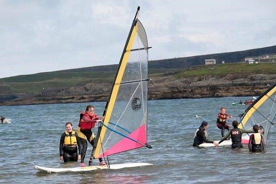 Nevsail Watersports : kids windsurfing in kilkee bay