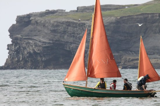 Nevsail Watersports : Sailing our beautiful drascombe lugger by georges head