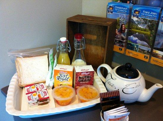 Invercargill TOP 10 Holiday Park: Breakfast