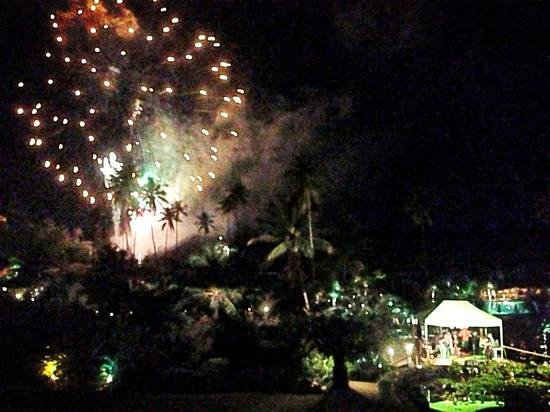 Sugar Beach, A Viceroy Resort: Wonderful fireworks display hosted by Sugar Beach on New Years' Eve!