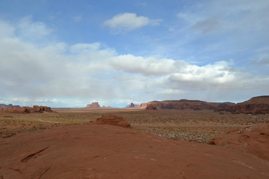 Majestic Monument Valley Touring Co.: Nizhoni (beautuiful) Mystery Valley.