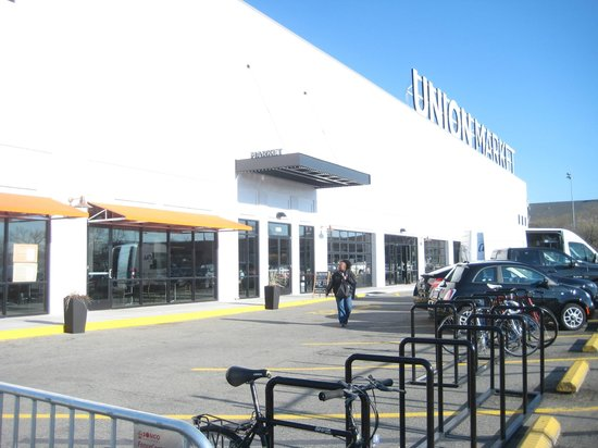 Union market from the outside