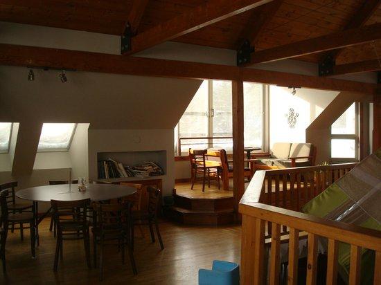 Jouvence, Centre de Villegiature: mezzanine