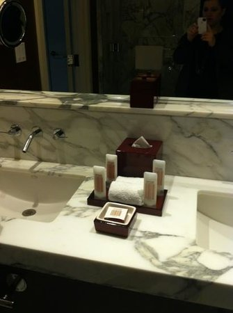 Red Rock Casino Resort & Spa: Nice bathroom