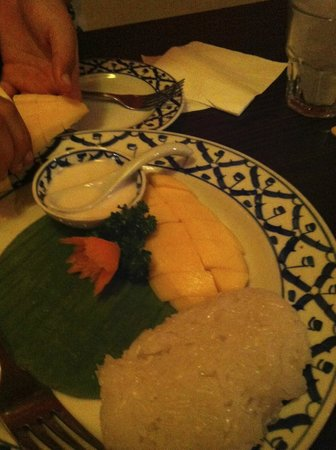 BAAN 26: Delicious Mango sticky rice....