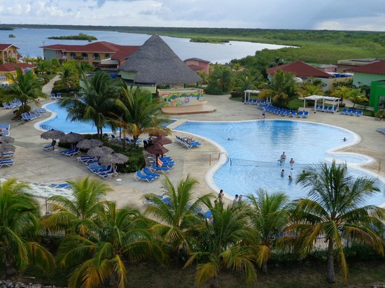 Discotheque photo de memories caribe beach resort cayo for Club piscine valleyfield