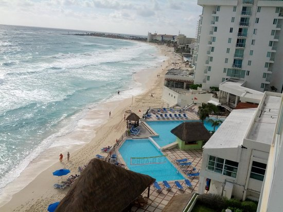 Oleo Cancun Playa: View from the room.