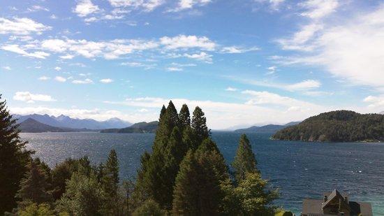 Altuen Hotel Suites&Spa: Vista desde la suite lago
