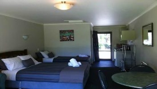Invercargill TOP 10 Holiday Park: Self Contained Unit