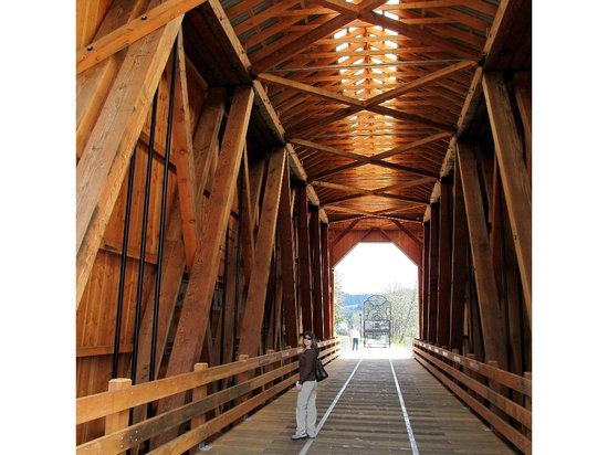 Village Green Resort: Walking inside a restored bridge ..