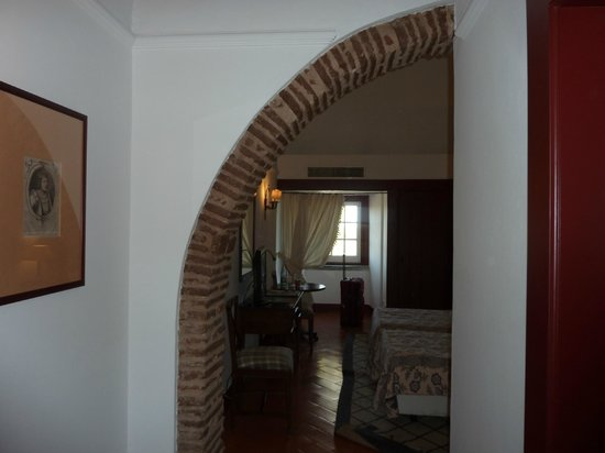 Pousada de Beja, Sao Francisco: Entrance to the room