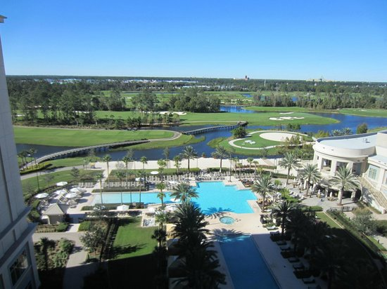 Waldorf Astoria Orlando: pool/golf course view from room