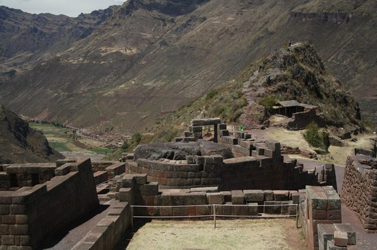 Prom Cusco Travel - Day Tours: Intihuatana -Pisac