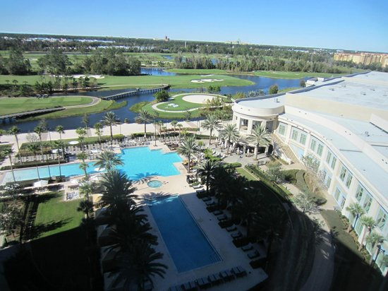 Waldorf Astoria Orlando: pool area/ golf course, convention center