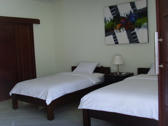 Jonsen Homestay: bed room