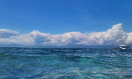 Hale Manna: front beach1