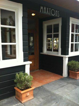 Maxtons Restaurant: Maxtons Entrance