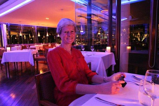 Shangri-La's Rasa Ria Resort & Spa: Cynthia dining in the Coast Restaurant