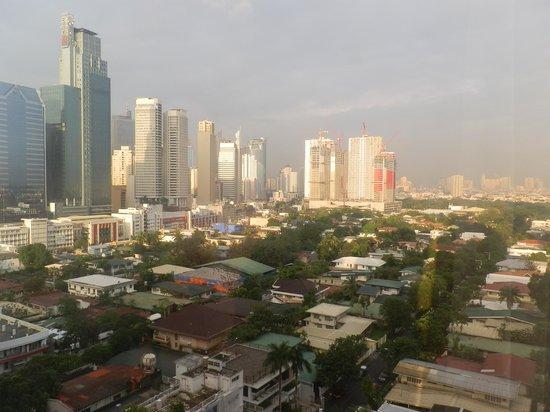 City Garden Hotel Makati: View from City Garden Hotel - Makati Sunrise 2.JPG