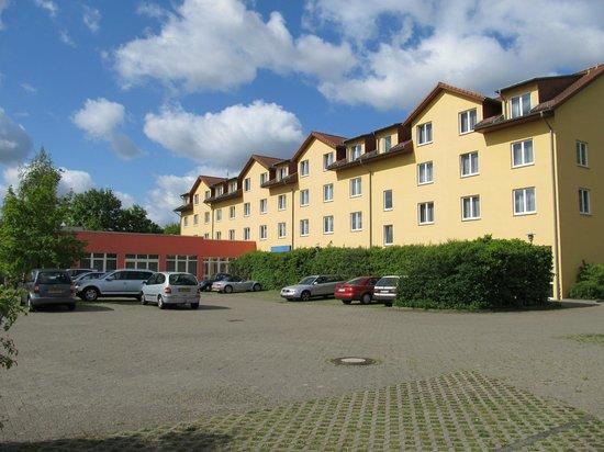 SensConvent Hotel Michendorf: Haupteingang